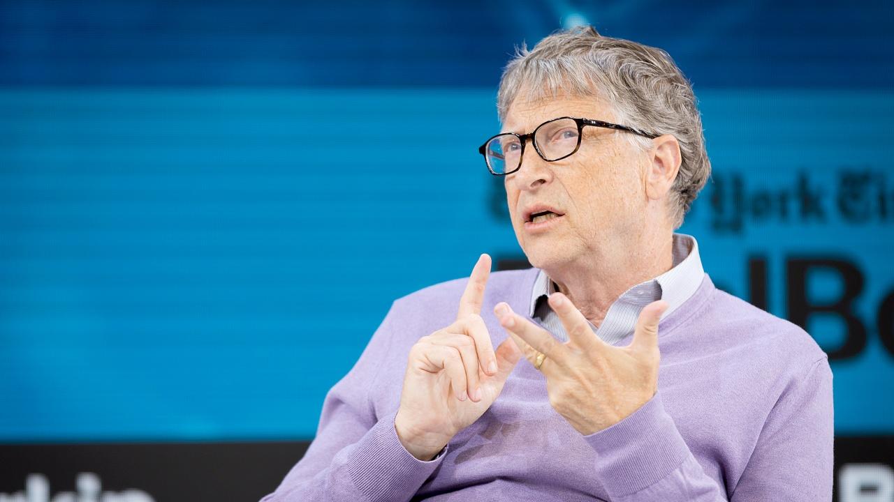 Бил Гейтс с прогноза кога ще се върнем към нормалното