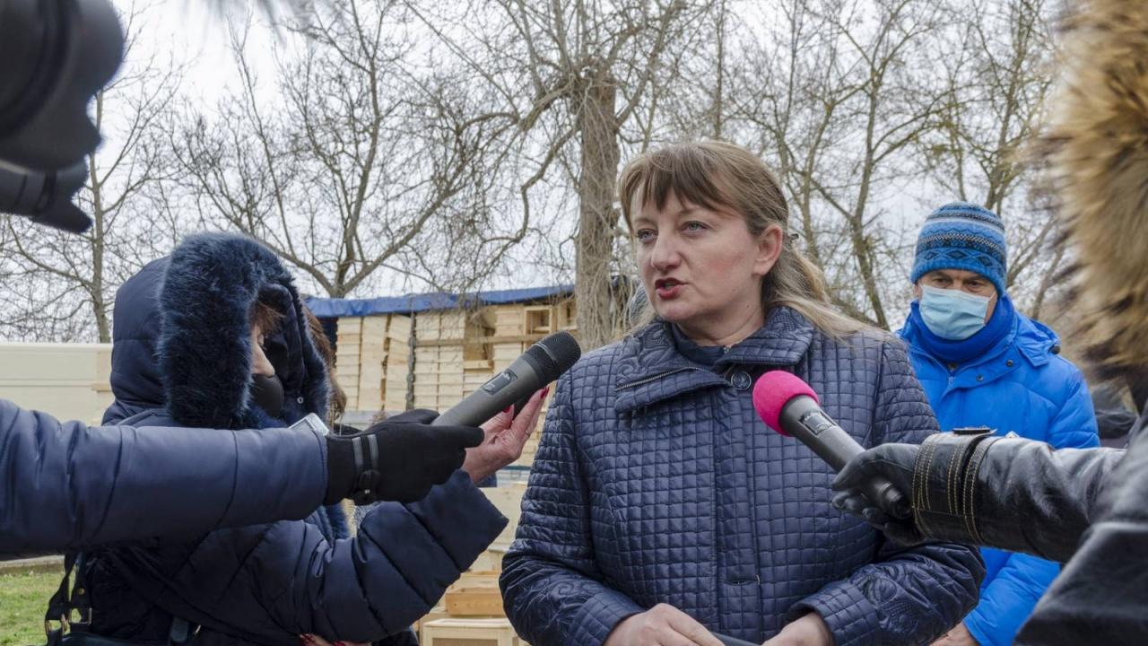 """Деница Сачева: 22,5 млн. лв. ще влязат в сектор """"Пчеларство"""""""