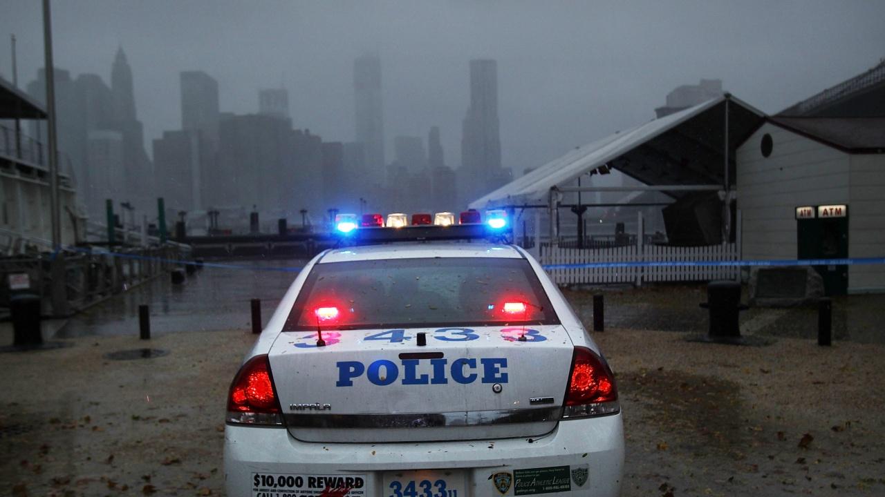 Български полицай спаси живота на бебе в Ню Йорк