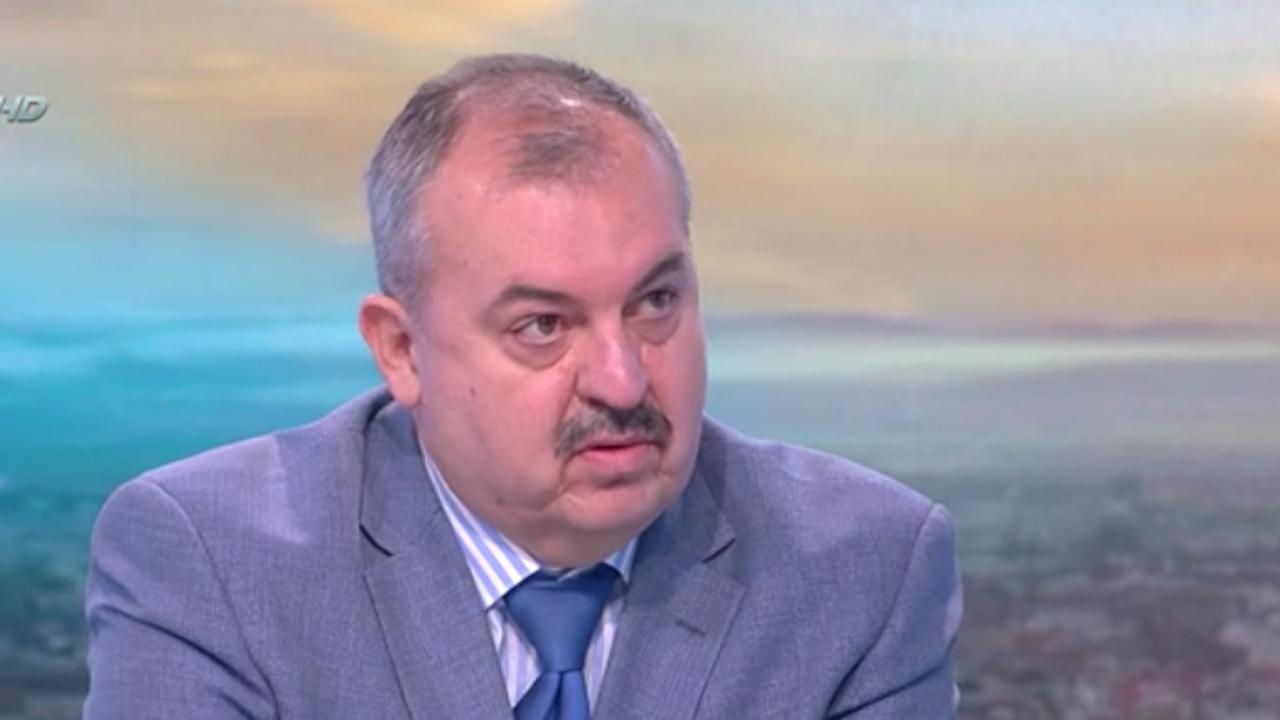 Журналист: РС Македония се опитва да влезе в ЕС чрез пиар кампания срещу България