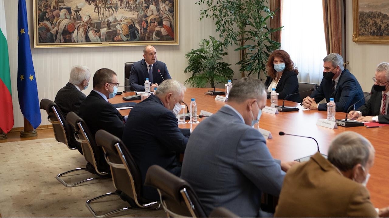 Президентът: България очаква от Северна Македония политическа воля за изпълнение на критериите за членство в ЕС