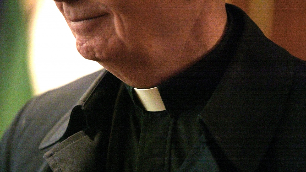 Епископи решиха: Ще се изплаща финансова помощ на жертвите на свещеници педофили