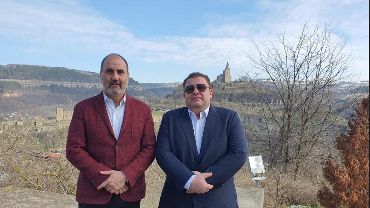 Павел Вълнев е най-успелият представител на новата българска емиграция