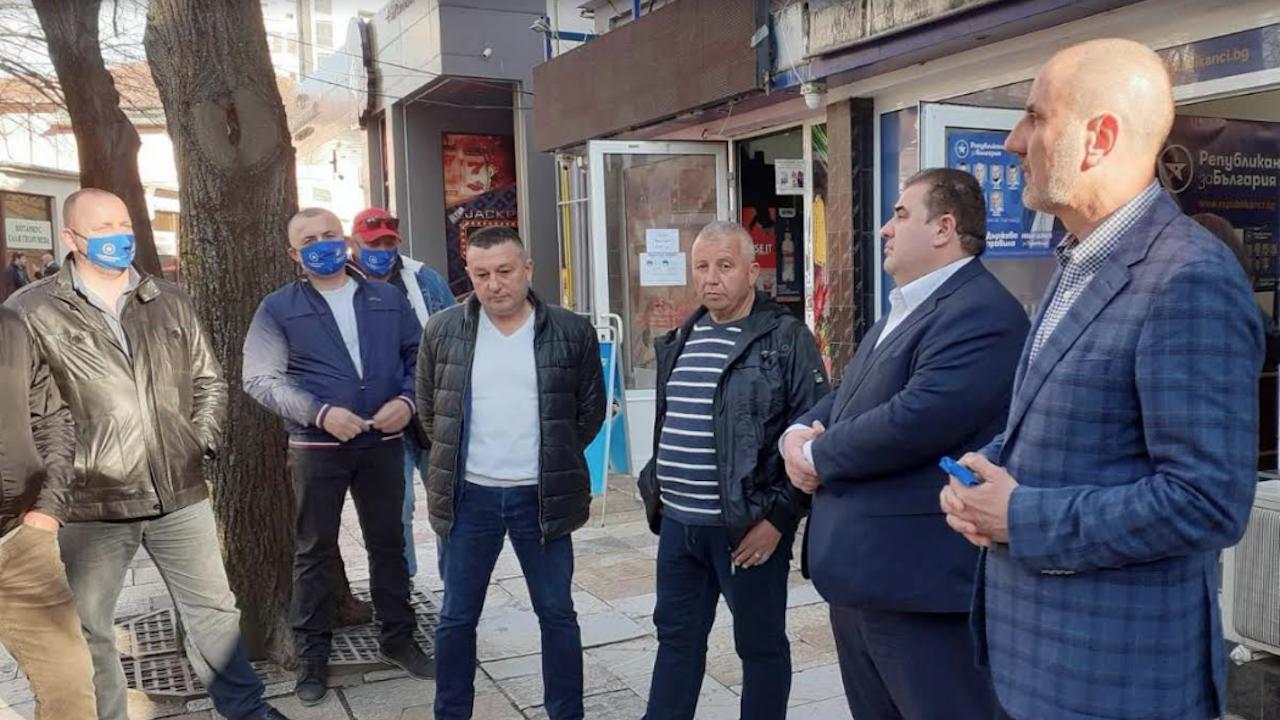Цветан Цветанов и Павел Вълнев призоваха за висока избирателна активност в Търговище