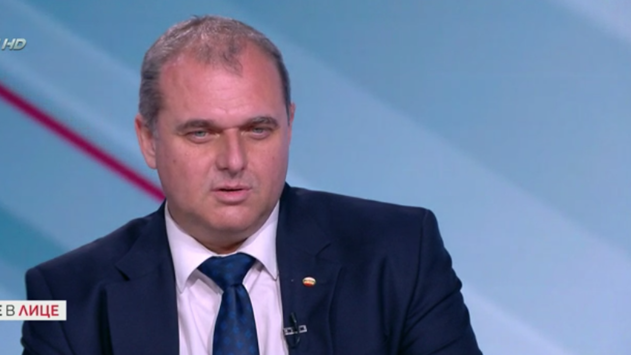 Искрен Веселинов обясни защо трябва да има затвор заклеветаили обида, направени от политик