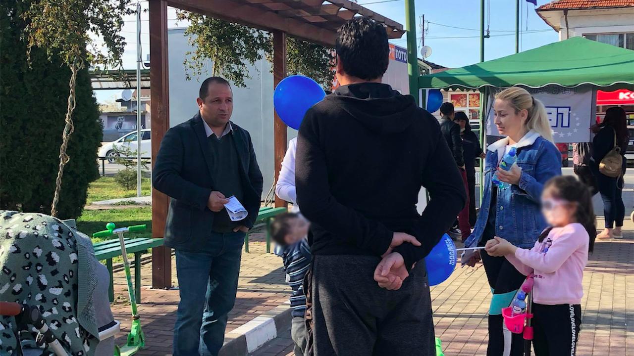 Кандидатът за народен представител от ГЕРБ-СДС Младен Шишков се срещна с жители на село Стряма