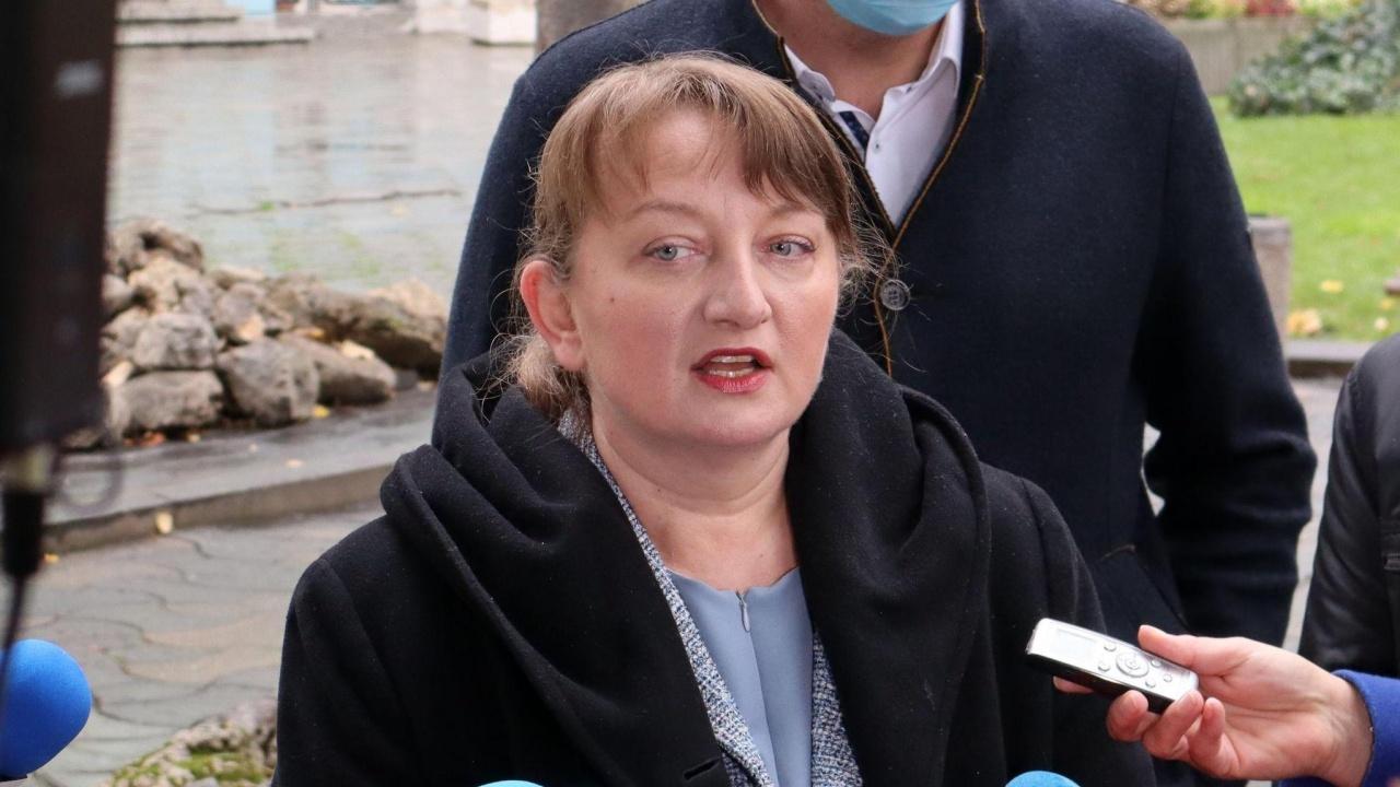 Деница Сачева: ГЕРБ гарантира 2000 лв. средна заплата в края на нов мандат