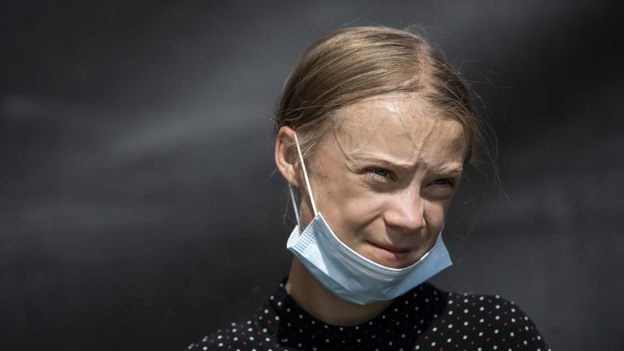 Статуя на Грета Тунберг породи полемика в британски университет