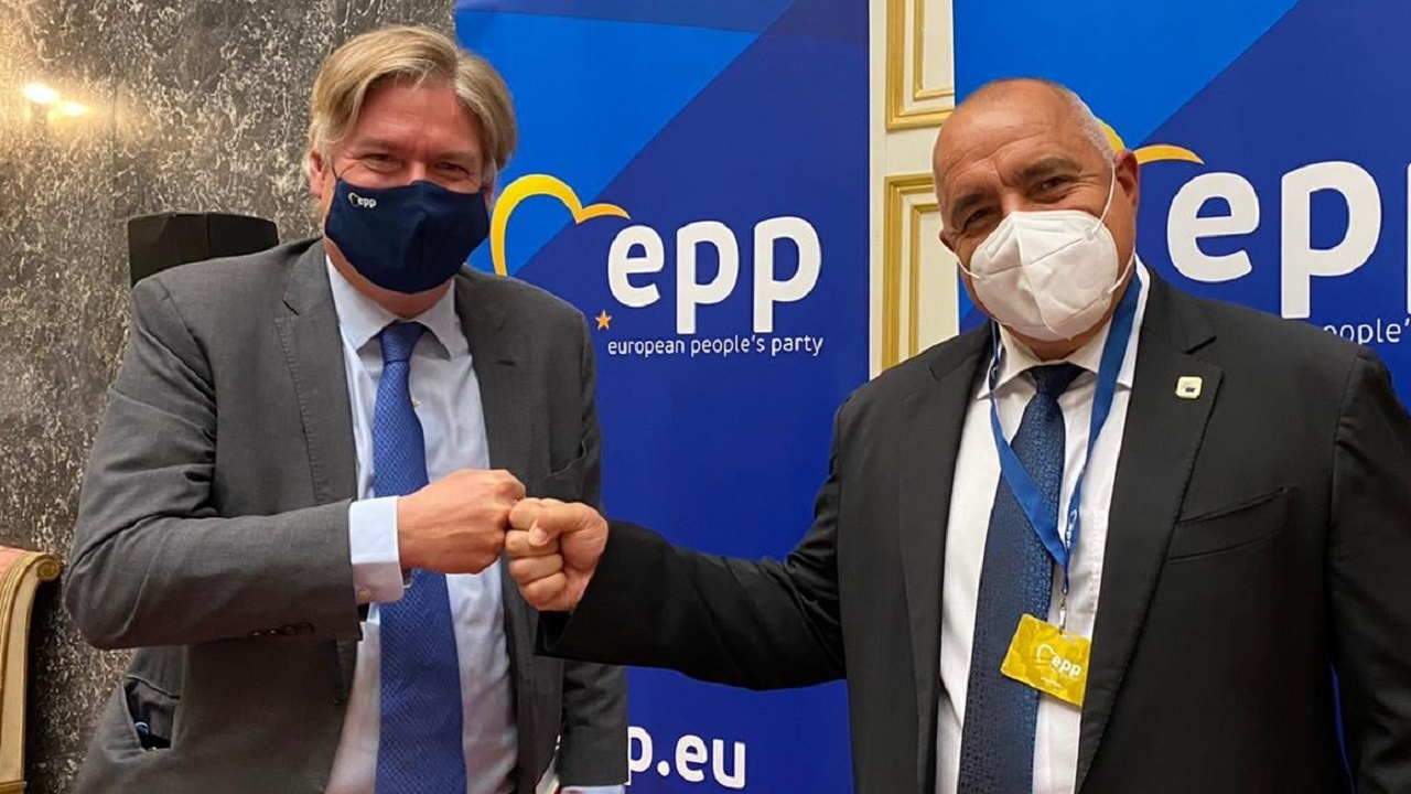 Ген. секретар на ЕНП: Борисов и ГЕРБ означават отговорност, опит и силен глас на България в Европа