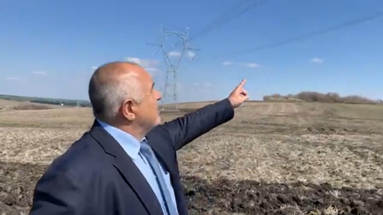 Борисов показа далекопроводи и се похвали: Ей това е диверсификация!