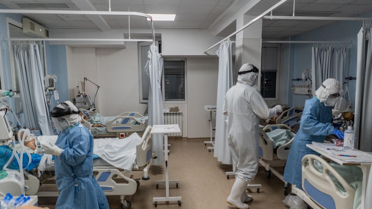 Украйна съобщи за рекорден брой починали от COVID-19