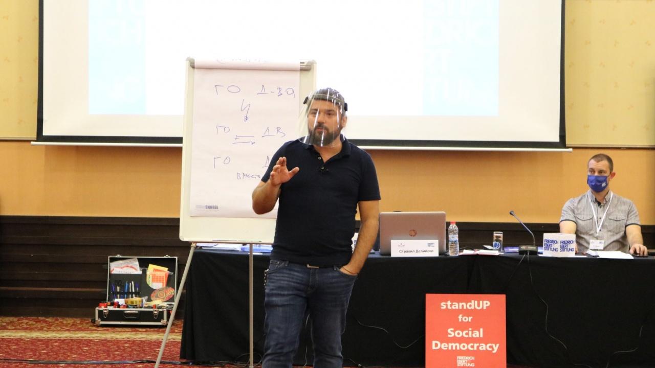 Д-р Страхил Делийски пред novini.bg: Изборите ще създадат повече проблеми, отколкото ще решат