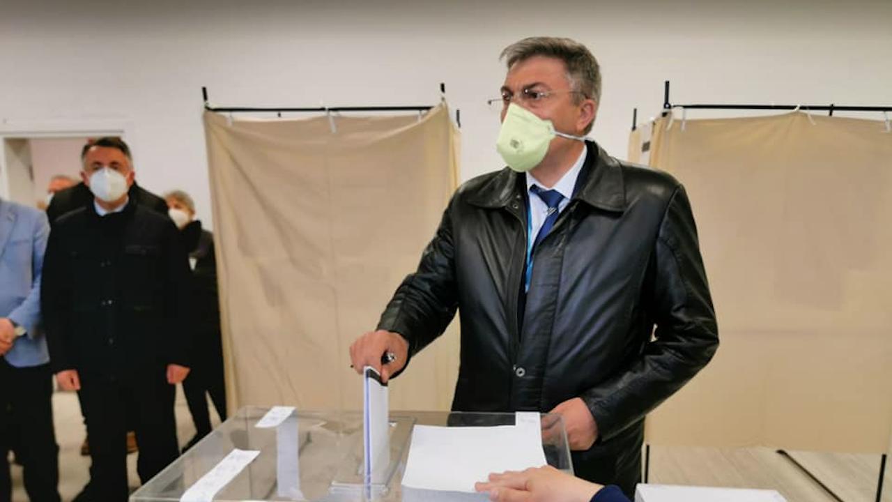 Мустафа Карадайъ: Гласувах за рестарт на нормалността и демокрацията
