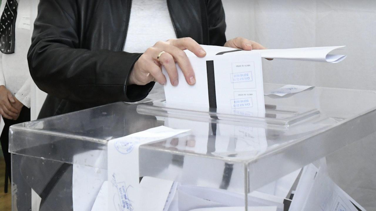 Избирателната активност в 10 часа в 29 МИР - Хасково е 8,66 процента