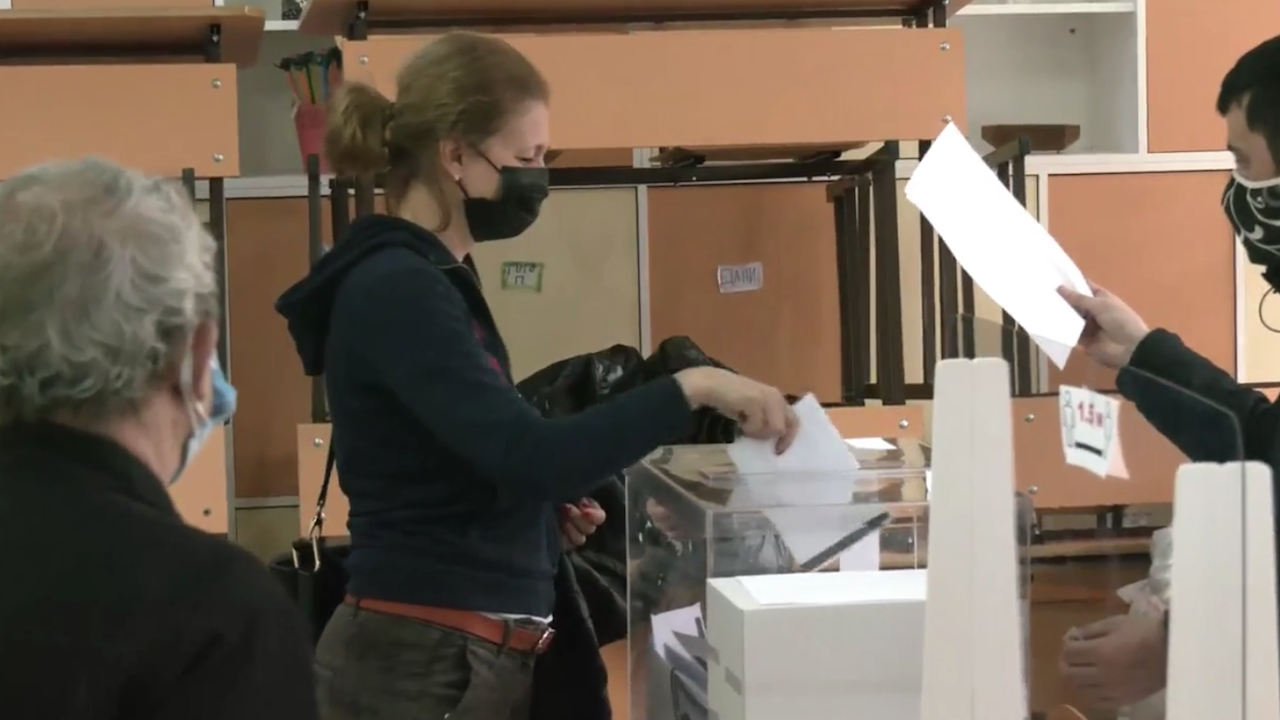 Джема Грозданова: Гласувах за това думите да означават нещо