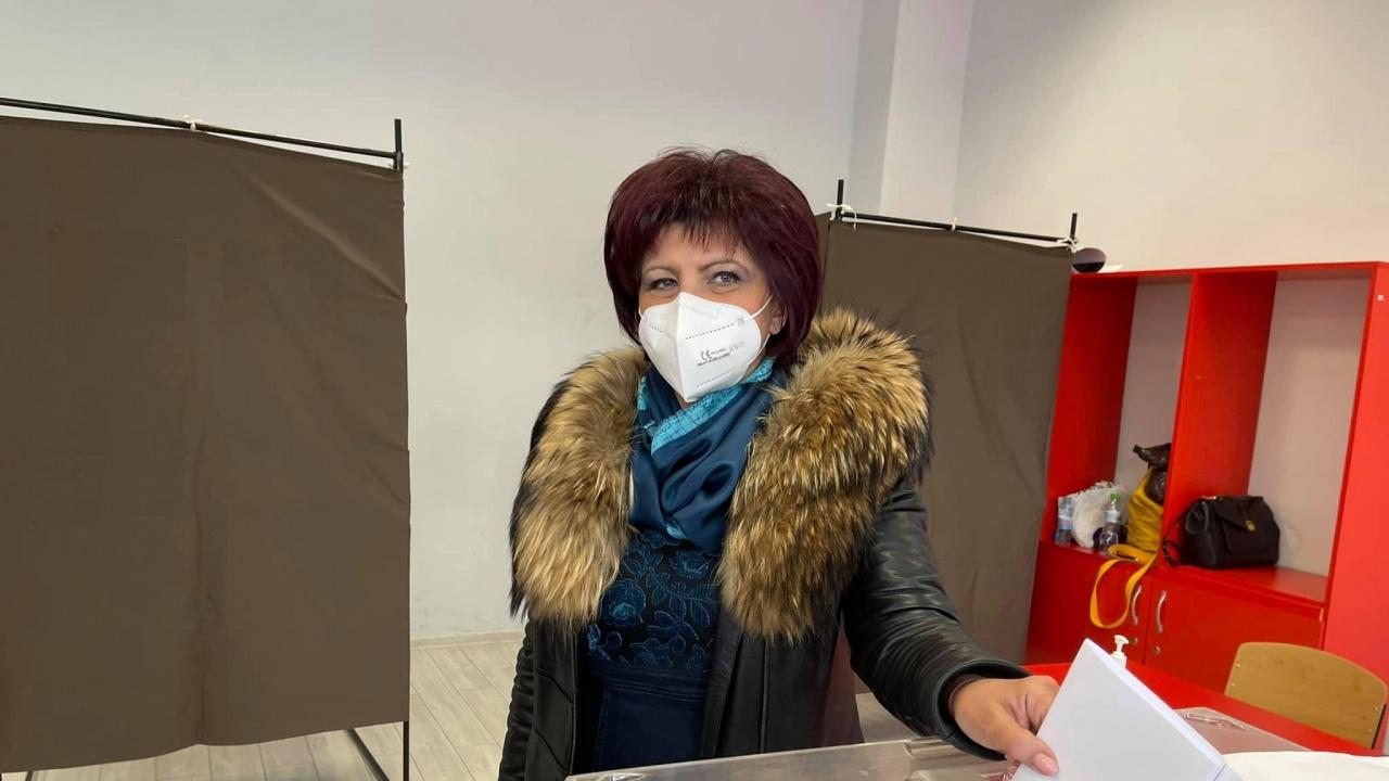 Цвета Караянчева: Гласувах за стабилност и прозрачност в управлението на страната
