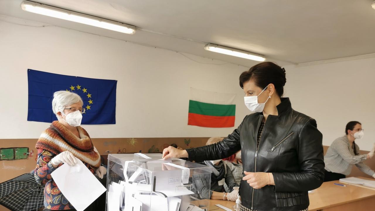 Д-р  Дариткова: Гласувах с вяра в демокрацията