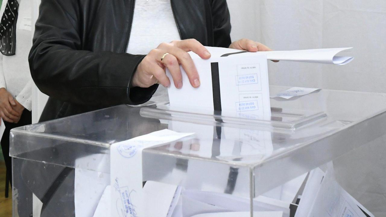 В Пазарджишка област избирателната активност към 12 ч. е 18,39 процента