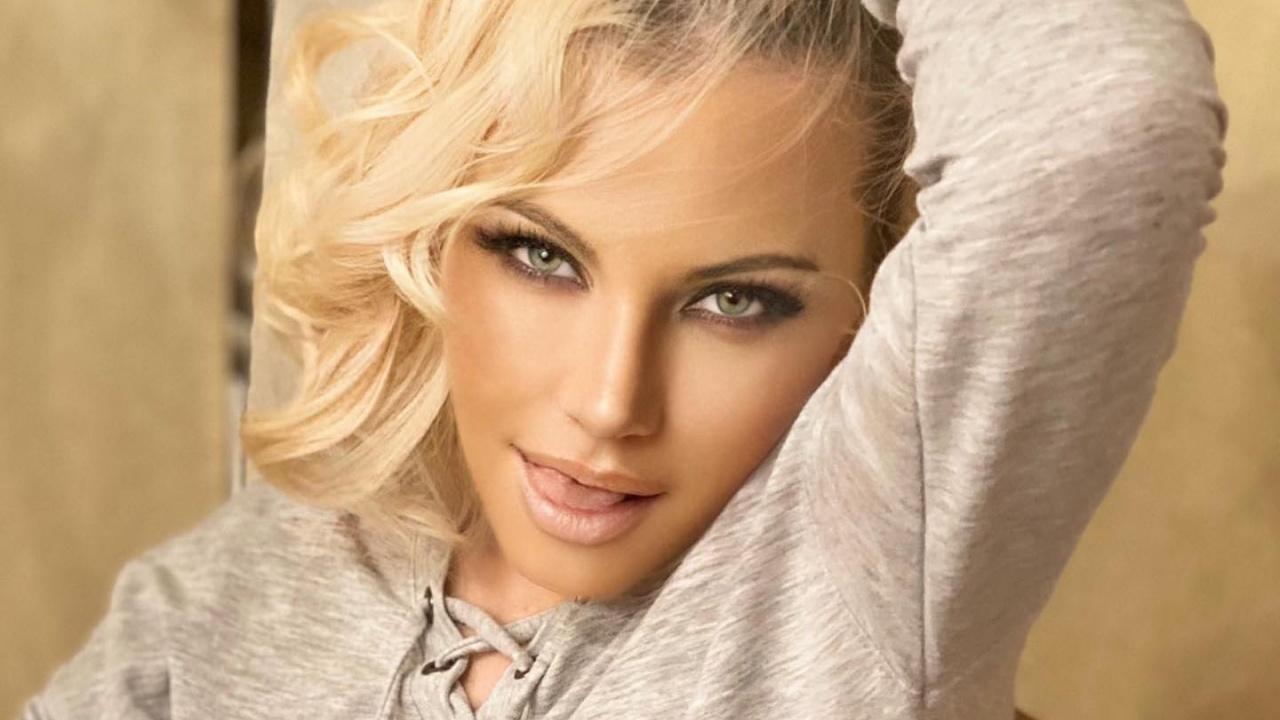 Камелия шокира фенове с новия си нос