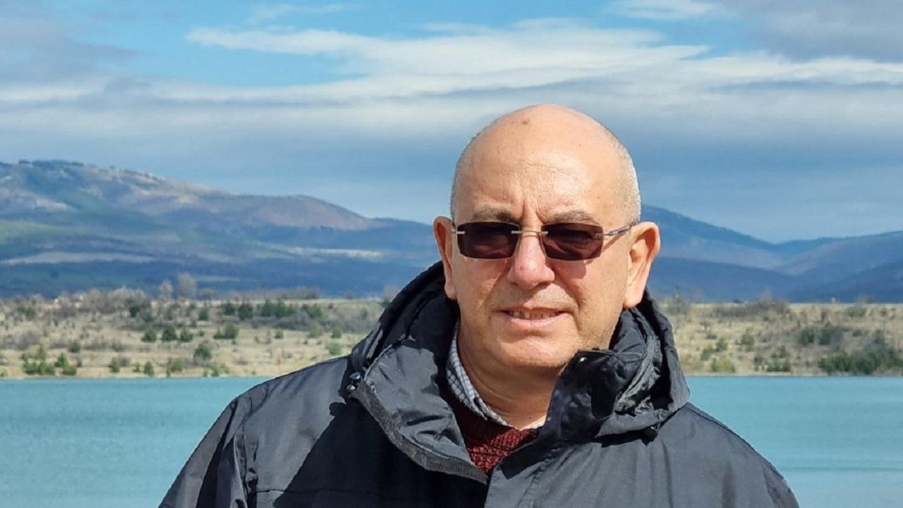 Министър Димитров провери язовири във връзка с интензивните валежи