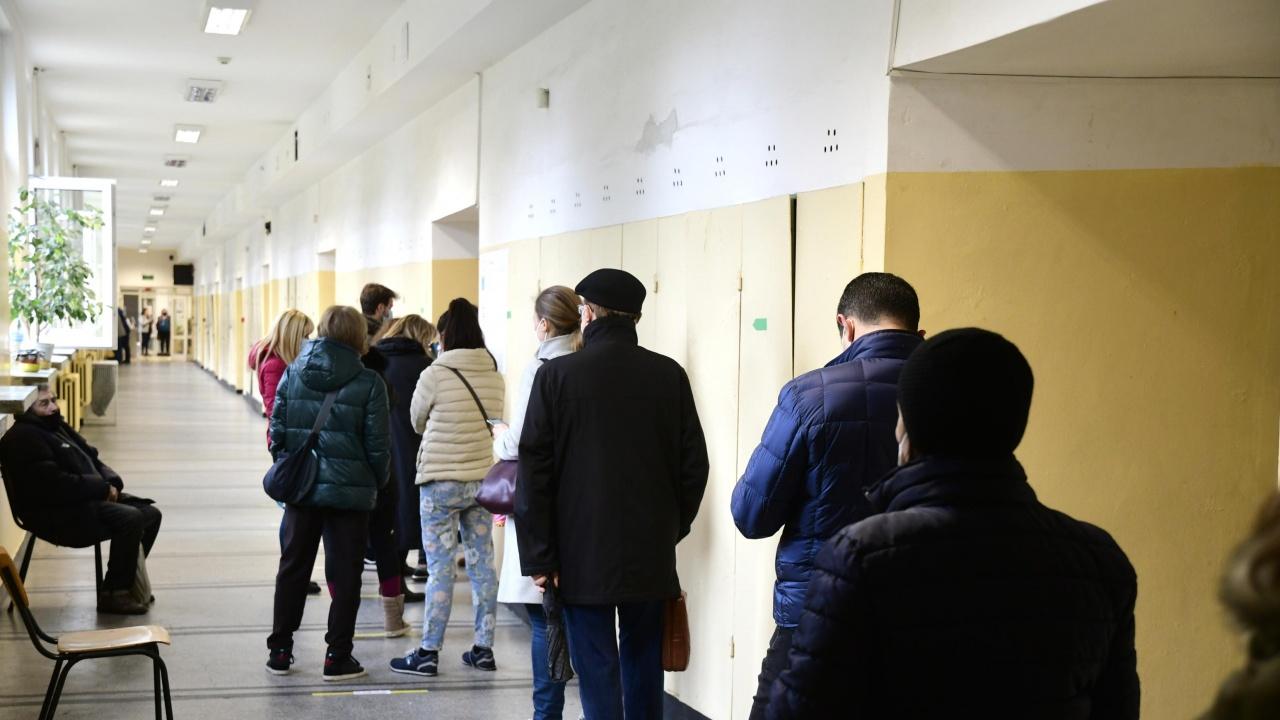 В изборния ден РИК - Плевен разгледа десетина сигнала и една жалба за нарушения, които определи като несъществени