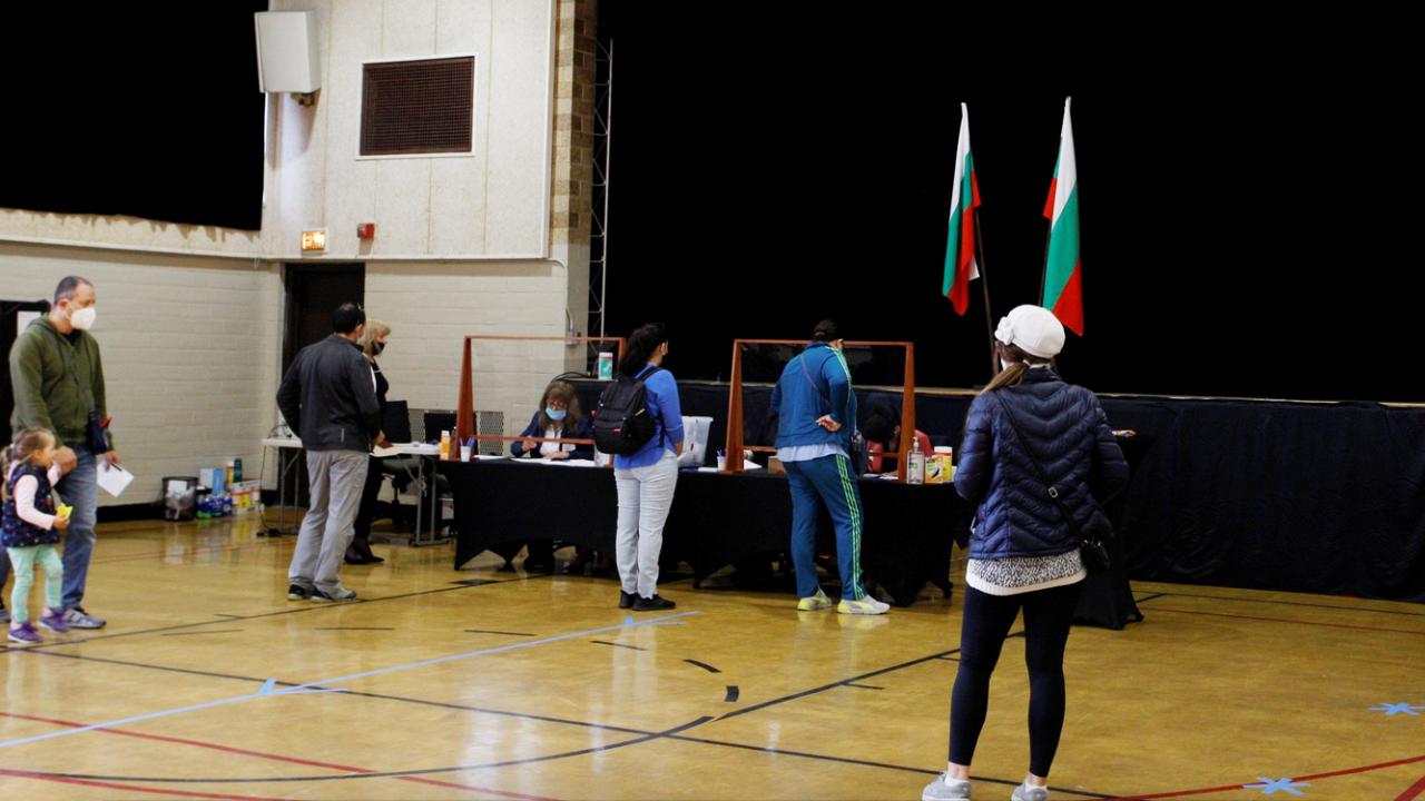 Излязоха първи резултати от гласуването в чужбина