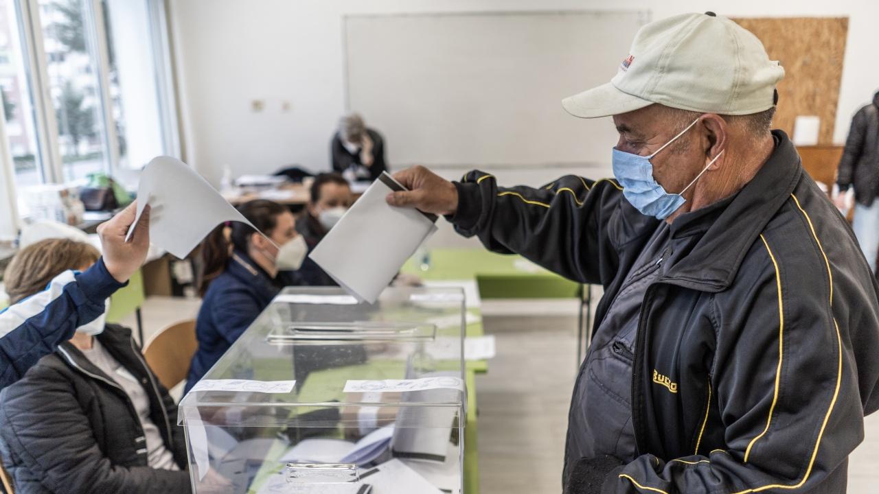 В Истанбул са гласували близо 5000 българи
