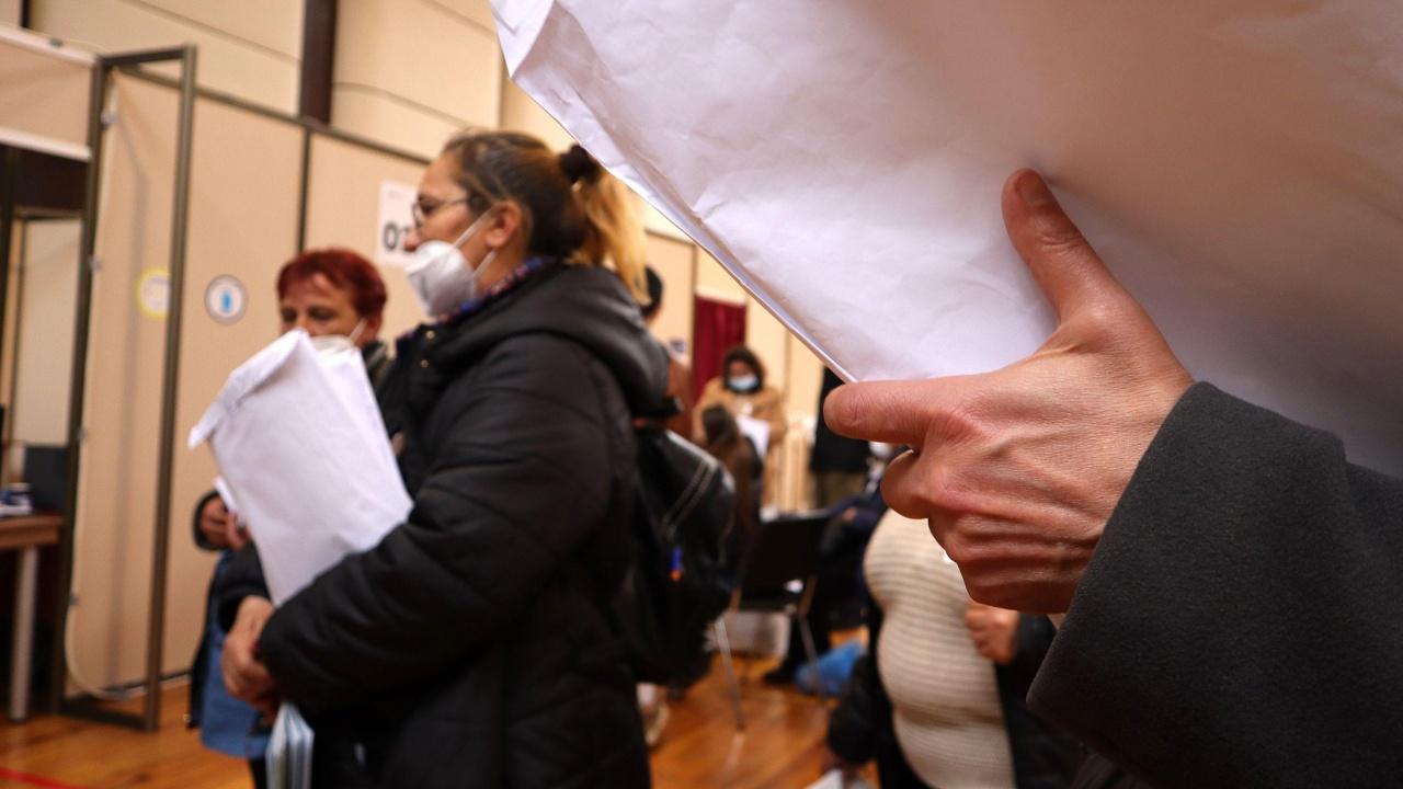 """В Плевен """"Има такъв народ"""" е първа политическа сила при обработени над 56 на сто от протоколите на СИК"""