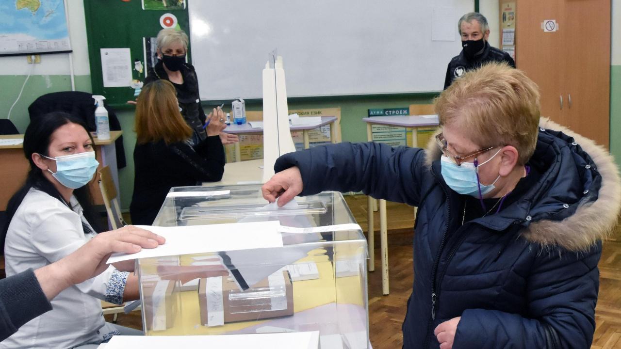 Коалицията ГЕРБ-СДС е водеща политическа сила в Бургас с над 25% от гласовете