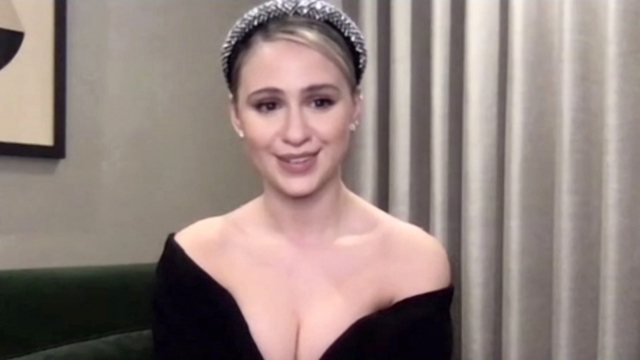 Световните медии: Бакалова е сред най-добре облечените звезди