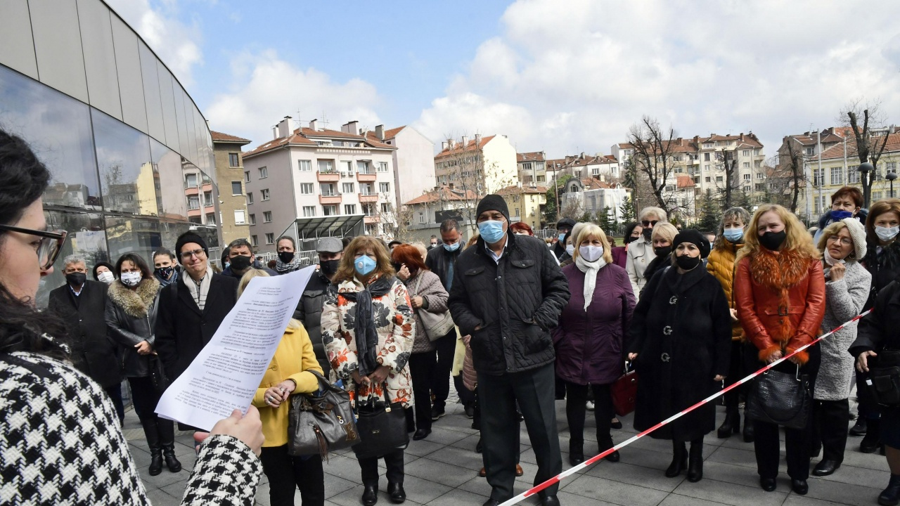 173 съдебни заседатели се заклеха в двора на Софийски районен съд
