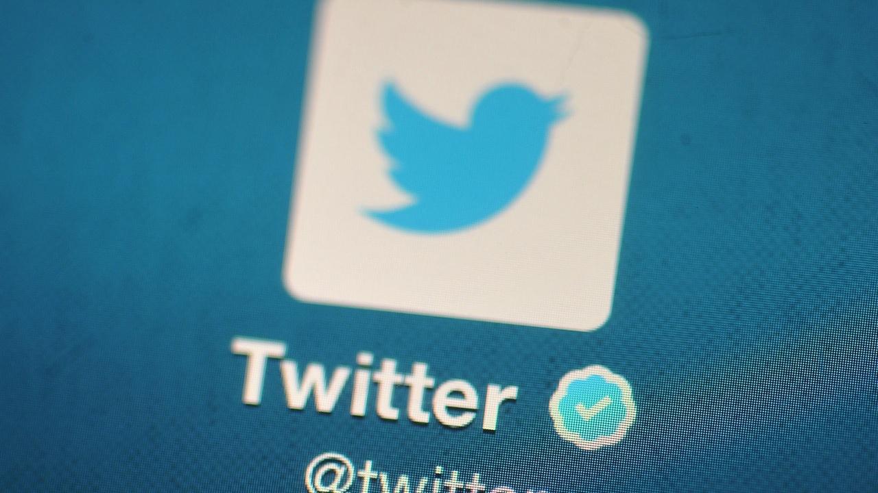 """Русия продължи до 15 май наказателните мерки срещу """"Туитър"""""""