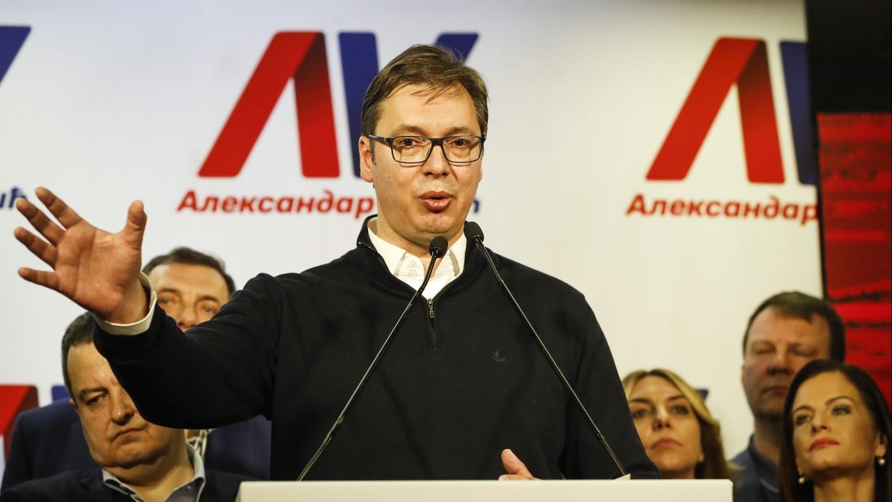 Президентът на Сърбия ще се ваксинира с китайска ваксина срещу коронавируса