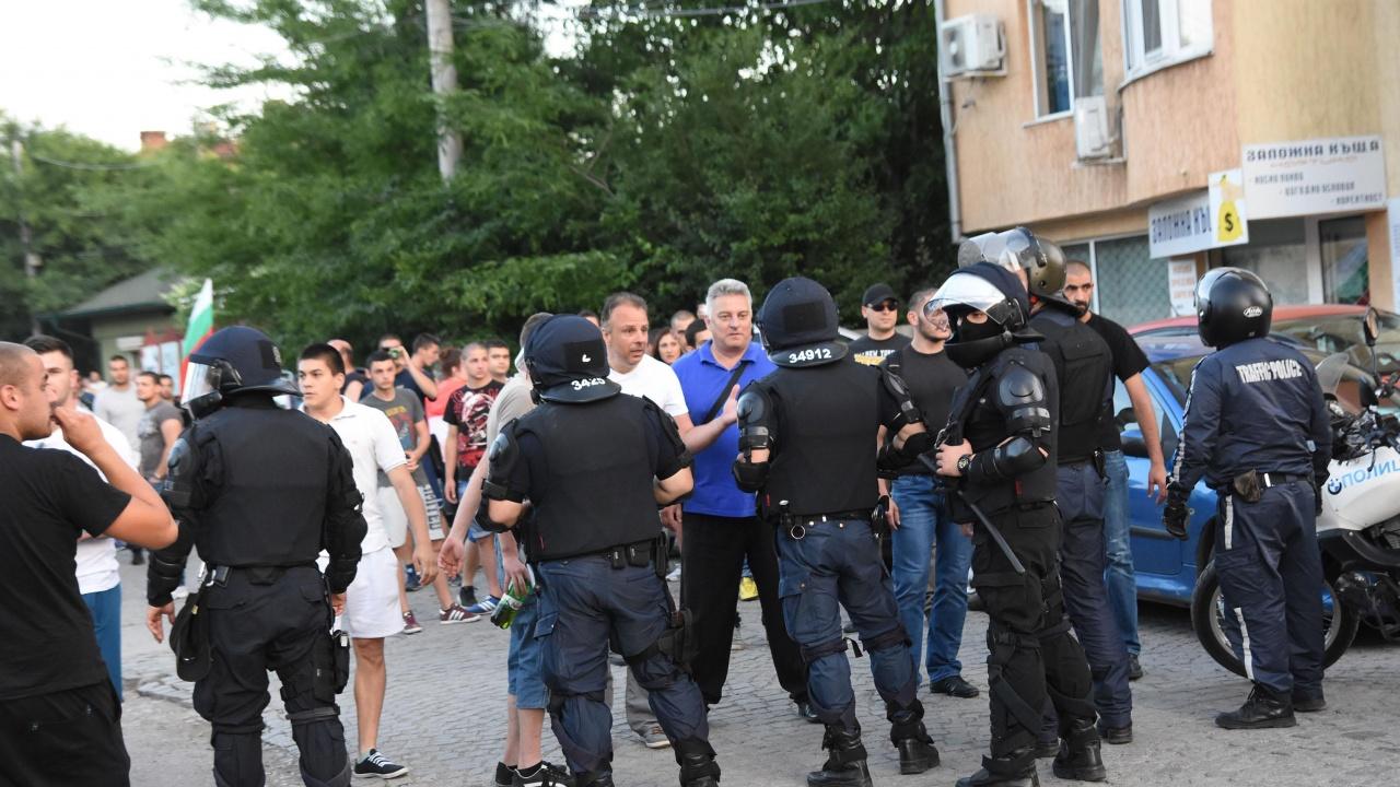 """""""Амнести интернешънъл"""": Ромите в България бяха поставяни под задължителна карантина и това е нарушаване на правата им"""