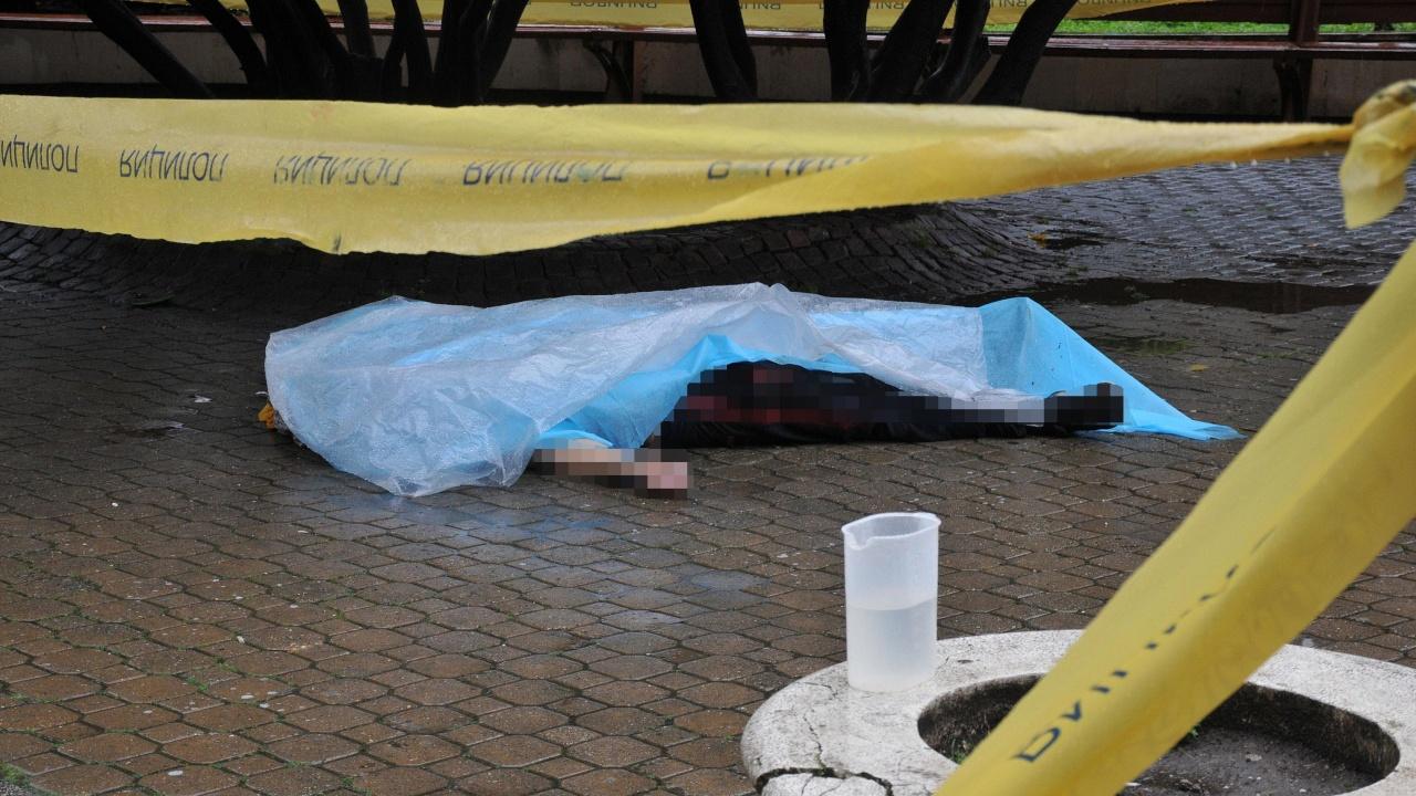 Разкриха подробности за бруталната смърт пред Община Бургас