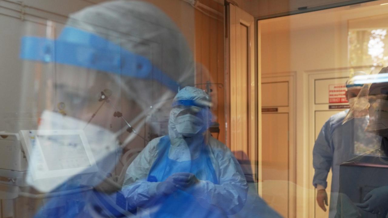 Броят на починалите от коронавирус в Полша достигна рекорд след почивните дни за Великден