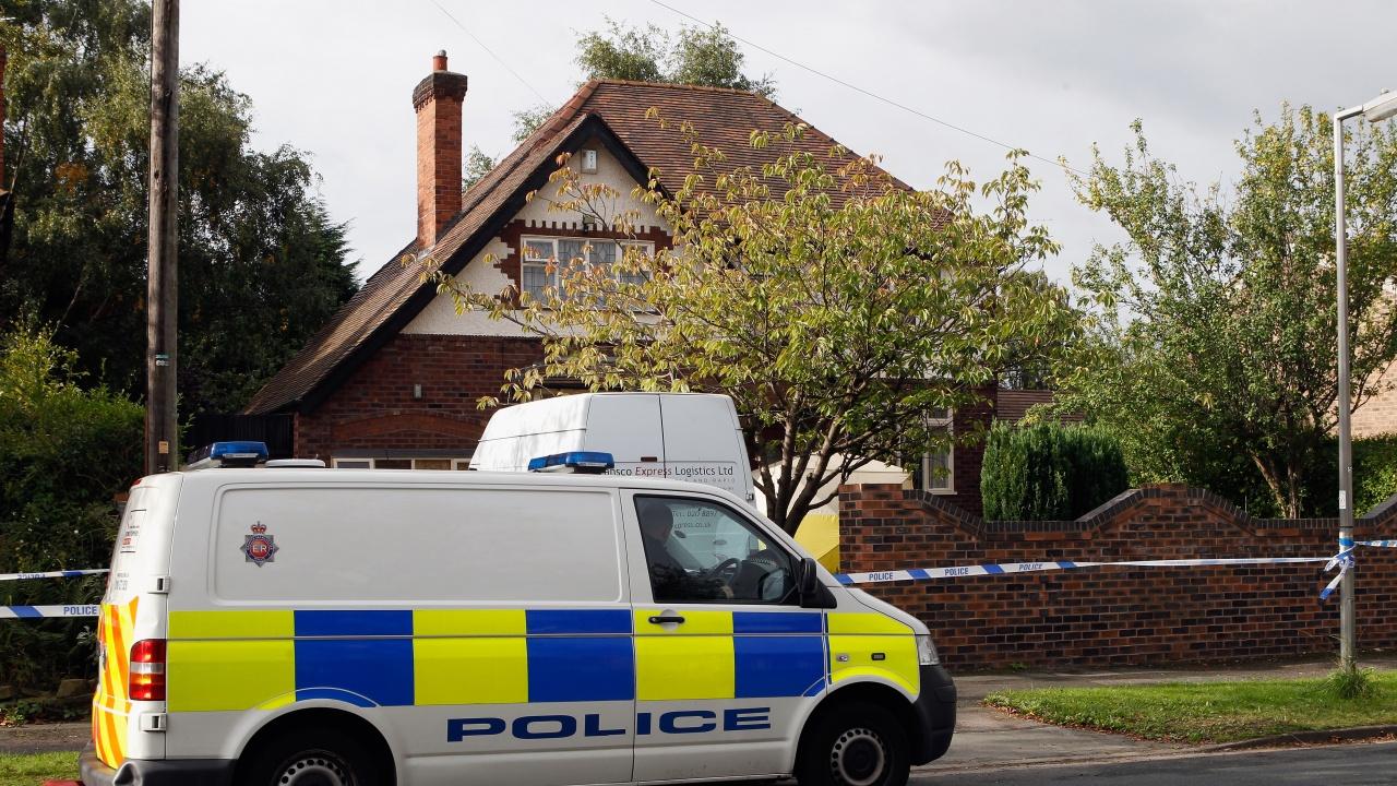 Убиха британски милионер в дома му