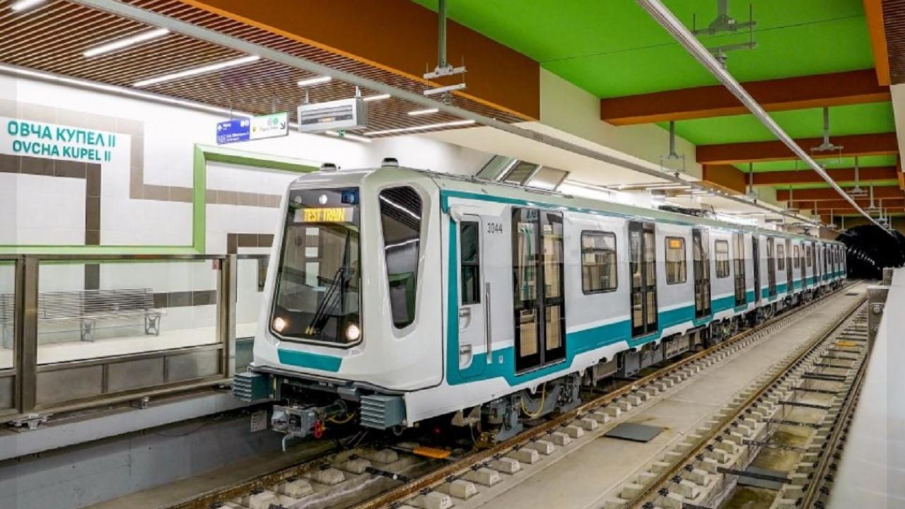 Пускат новите линии на метрото