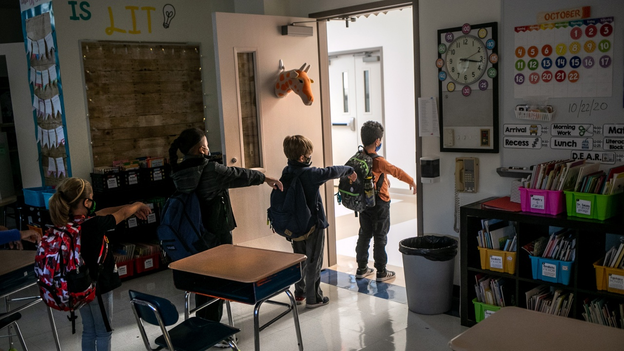 От понеделник отварят детските градини и детските ясли в Силистренската община