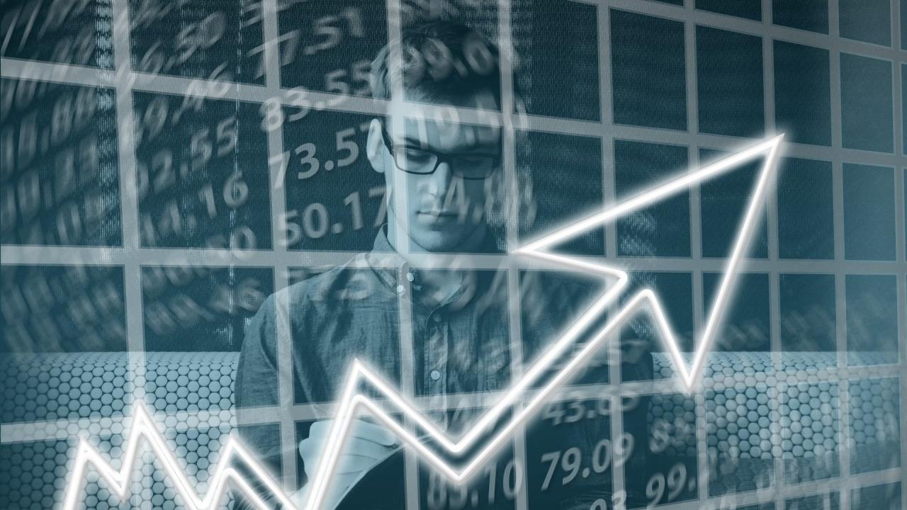 През февруари търговията отчита ръст от 3%