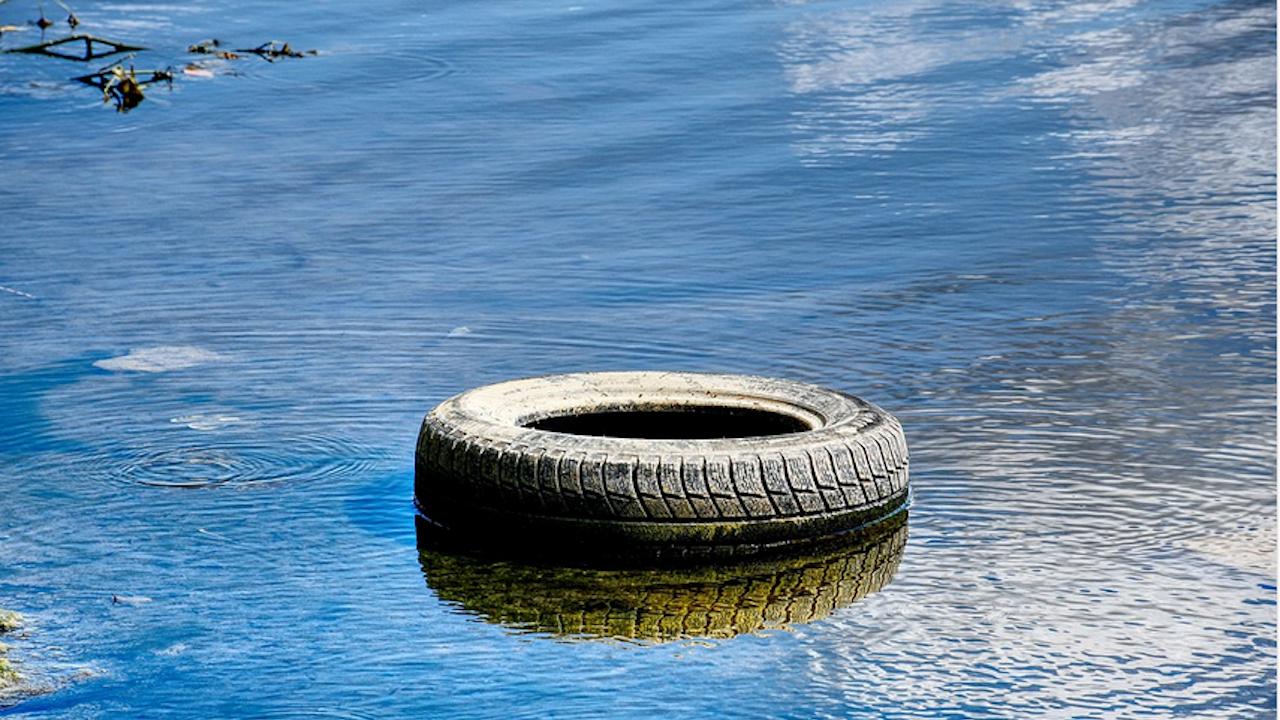 Риболовци от Луковит организират почистване на бреговете на река Златна Панега