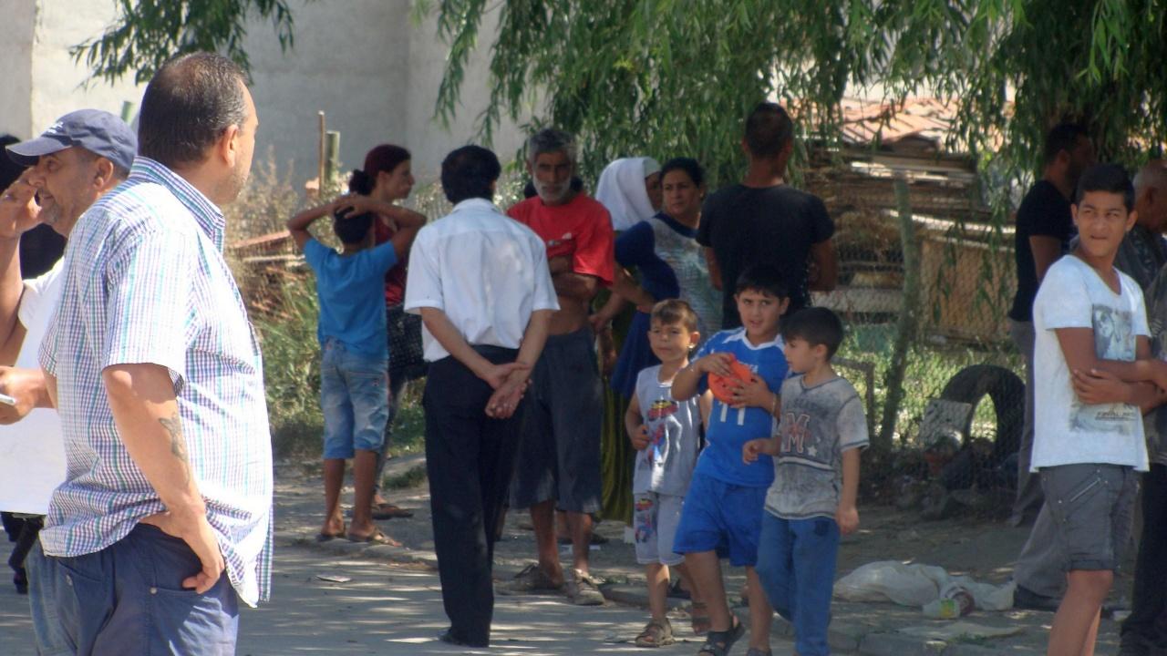 """Нулев интерес към имунизацията срещу COVID-19 в ромския квартал """"Столипиново"""""""