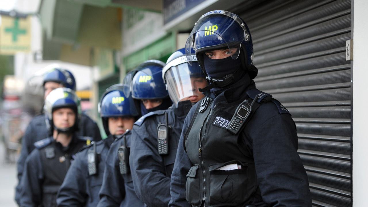 Близо 100 арестувани при операции срещу трафик на хора, координирани от Интерпол