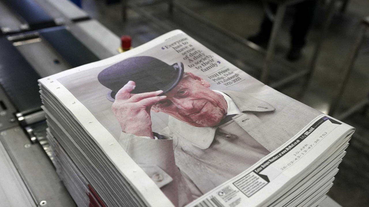 """Британският печат отдаде почит на """"несломимия"""" принц Филип"""