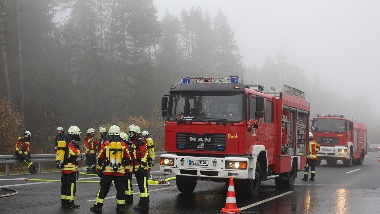 Камион се запали край Велико Търново