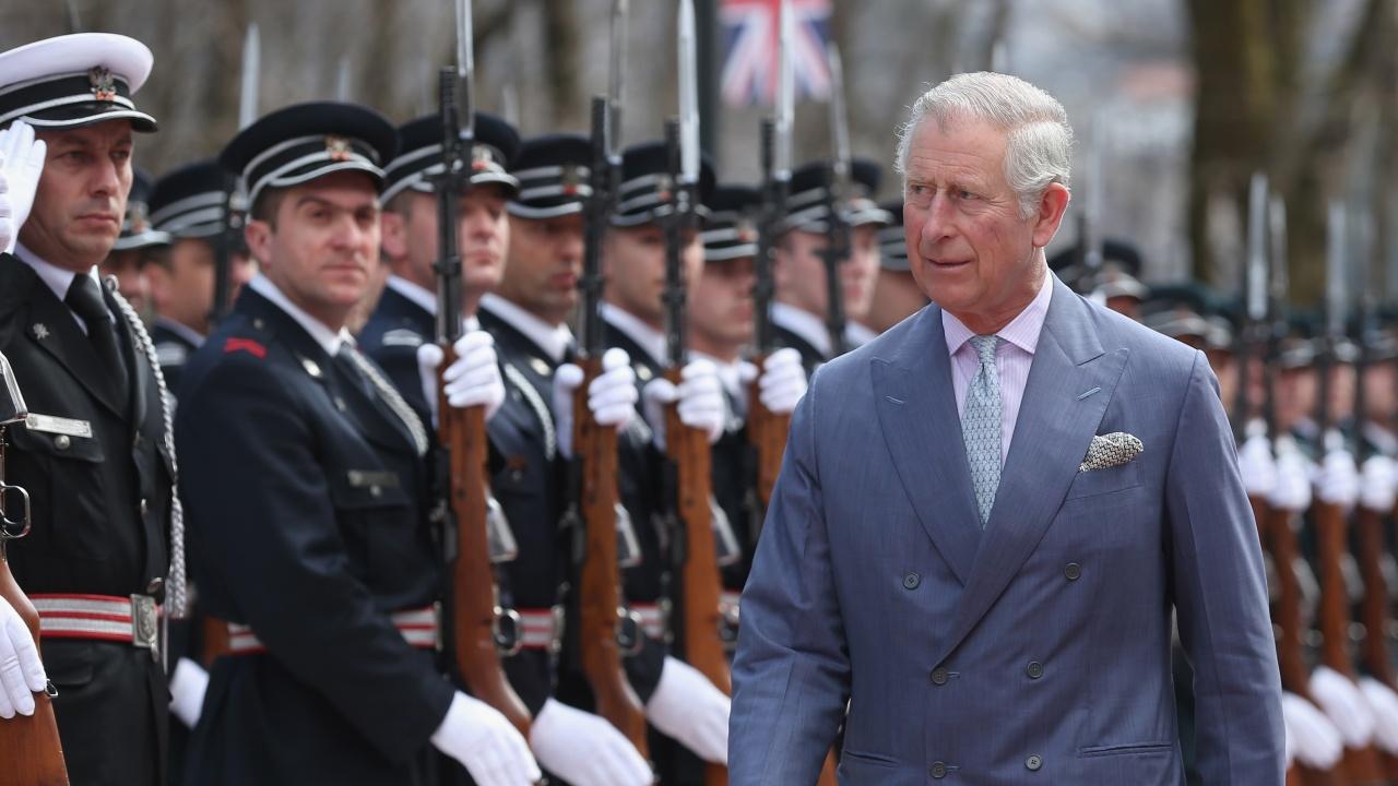 След кончината на принц Филип Единбургски херцог става принц Чарлз