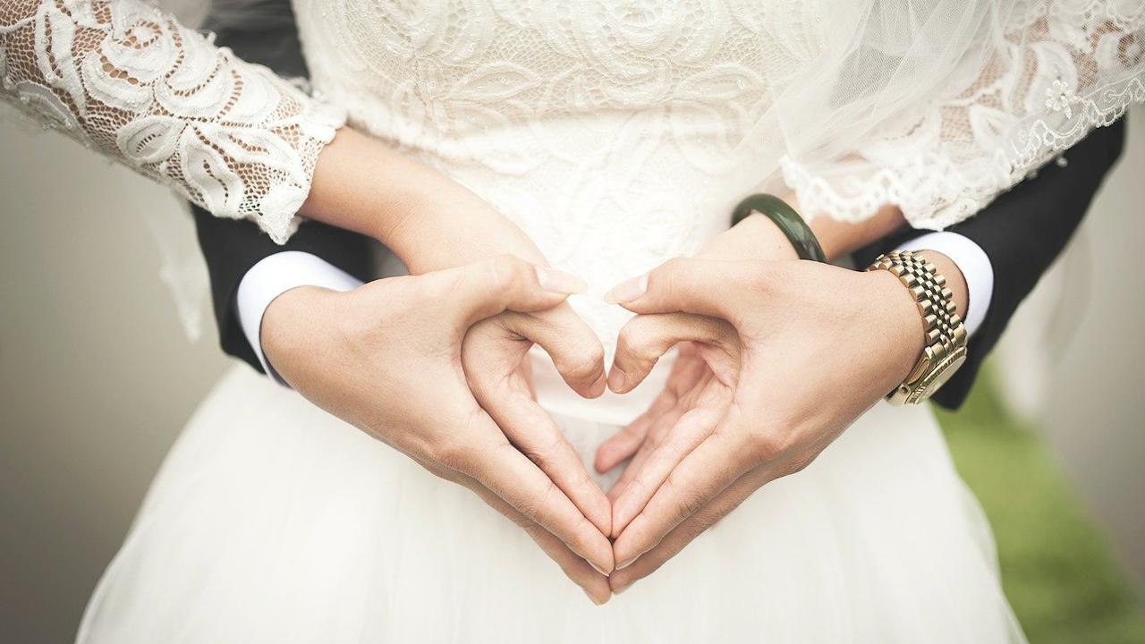 В Сърбия отложиха близо 40 000 сватби заради COVID-19