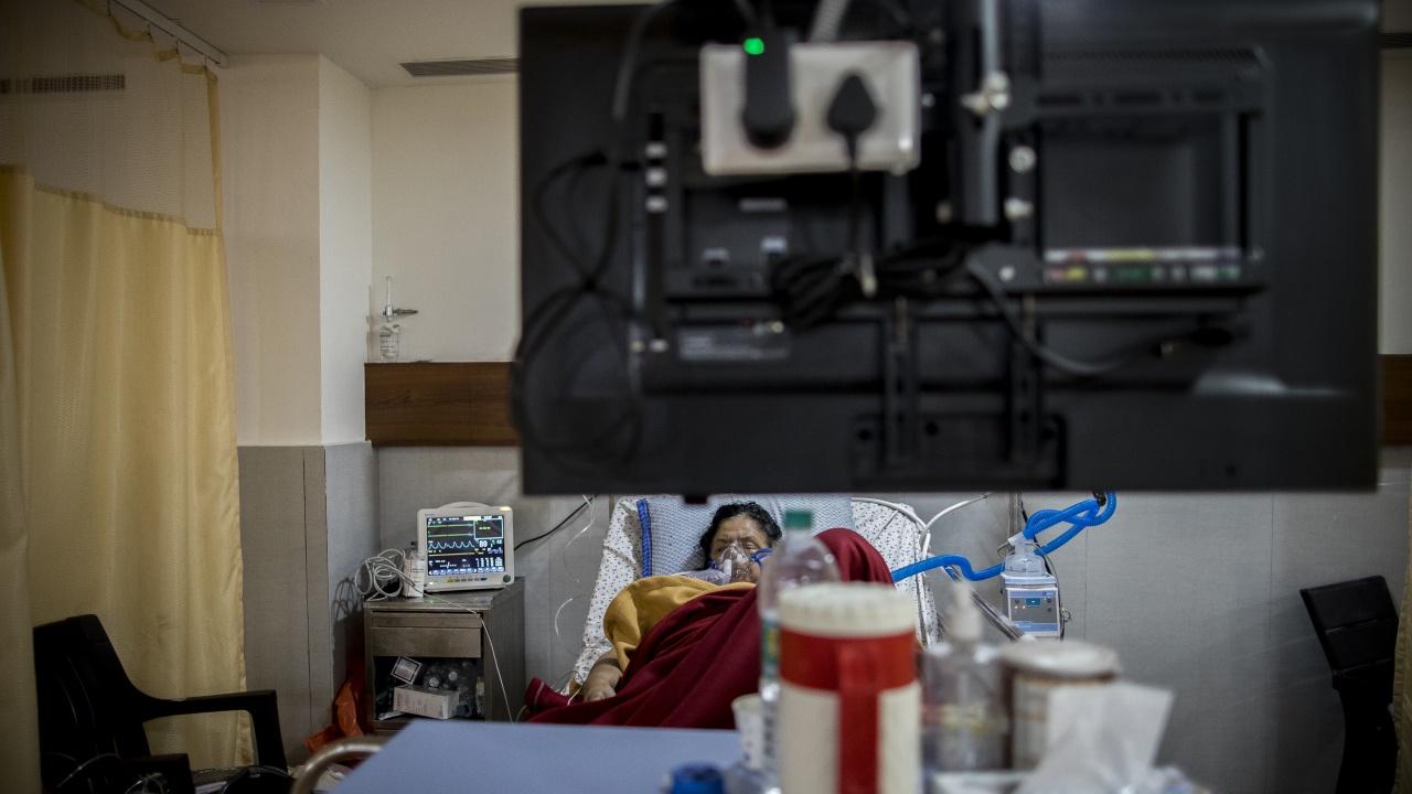 Рекордни 152 879 коронавирусни инфекции за денонощие регистрира Индия