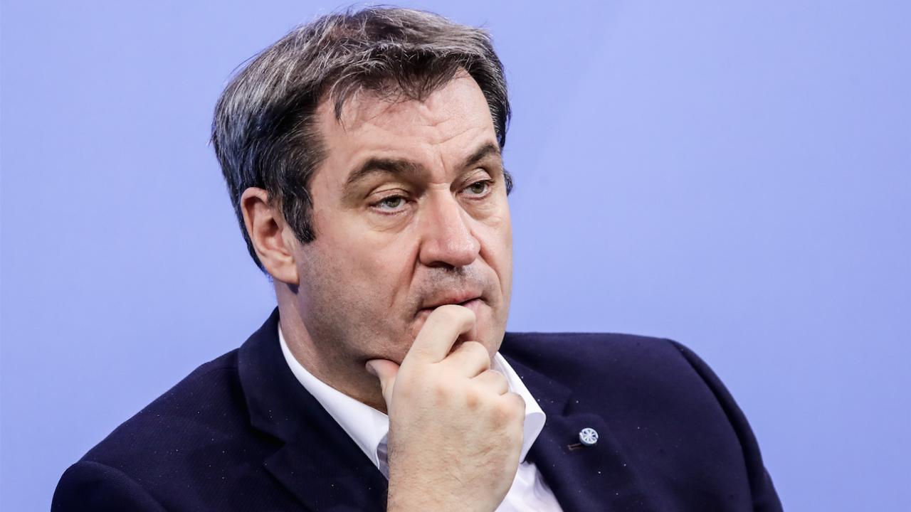 Лидерът на баварския ХСС Маркус Зьодер е готов да се кандидатира за канцлер