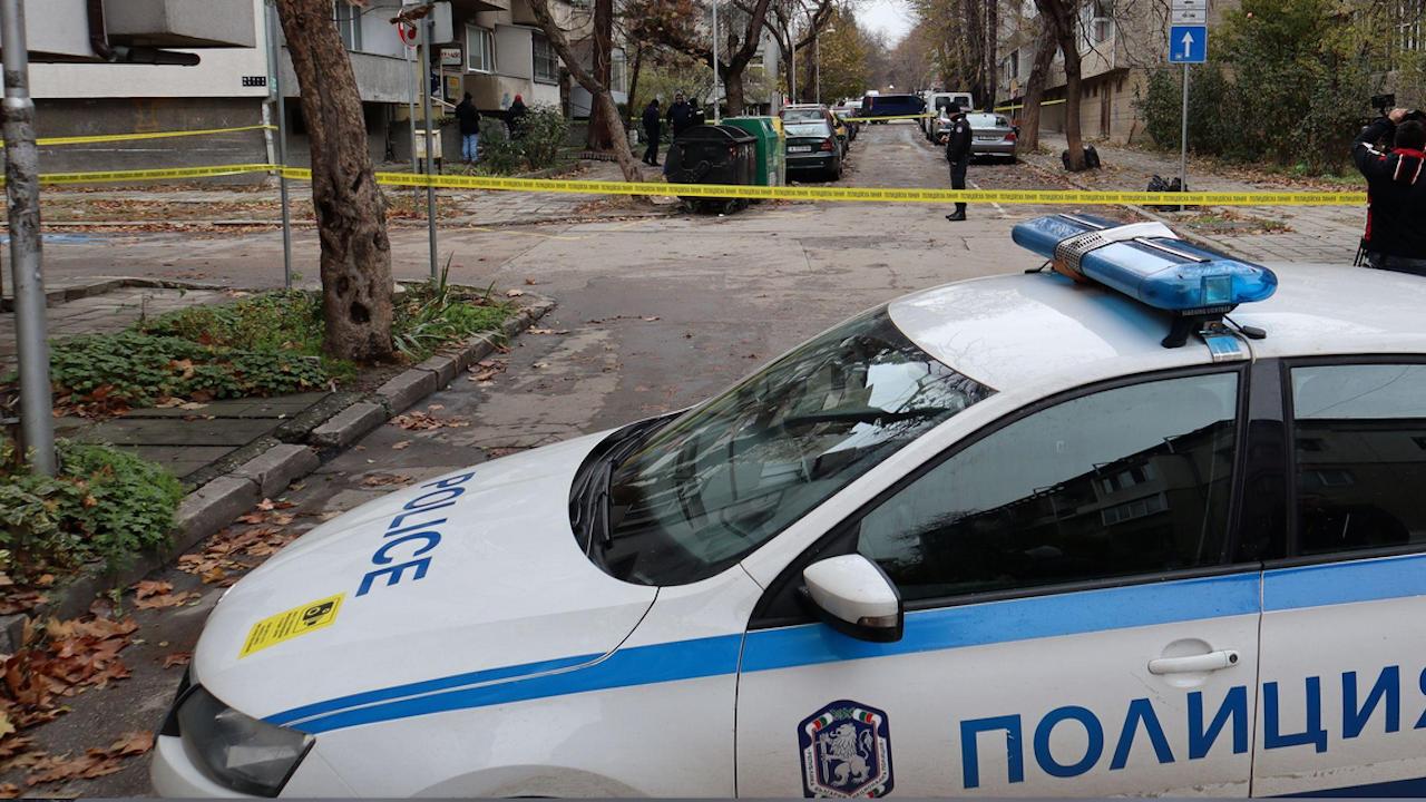 Проговориха близките на жертвата и задържания за убийството в бюрото за кредити в Стара Загора